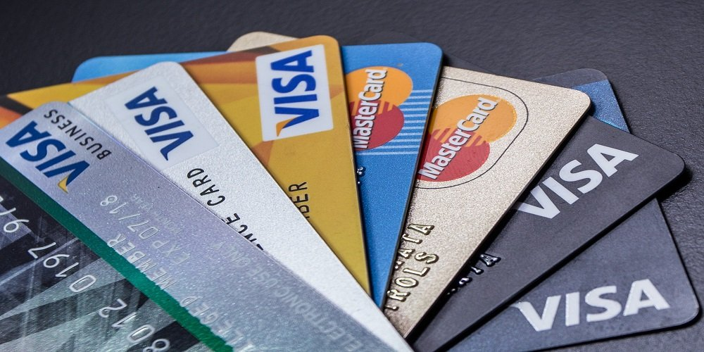 Key Differences Between an Authorized User and a Joint Account